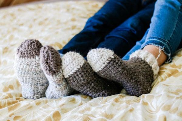 SLIPPER SOCKS FOR ADULTS