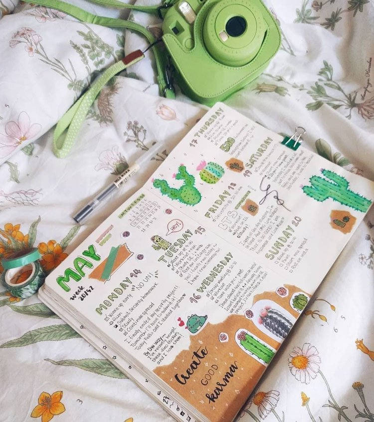 WEEKLY PLANNER WITH CACTUS EMBELLISHMENTS
