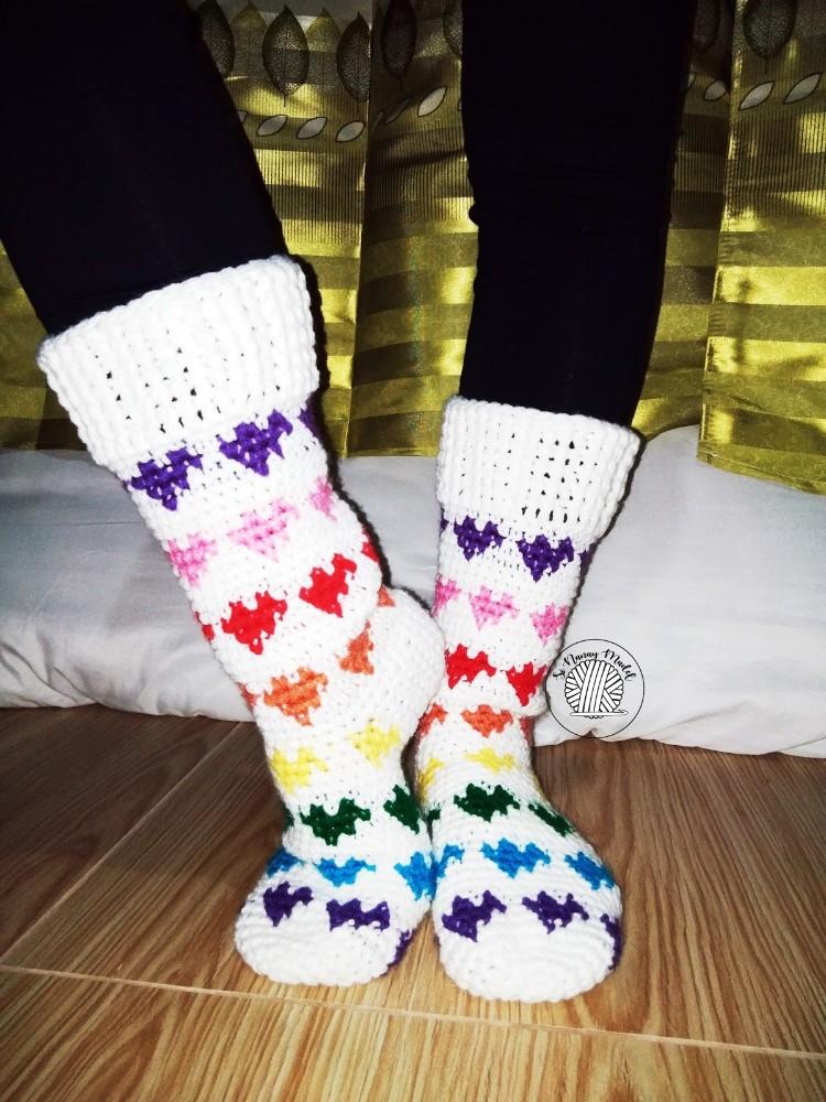 crochet heart socks
