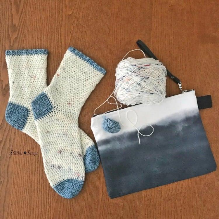 walking on clouds crochet sock pattern