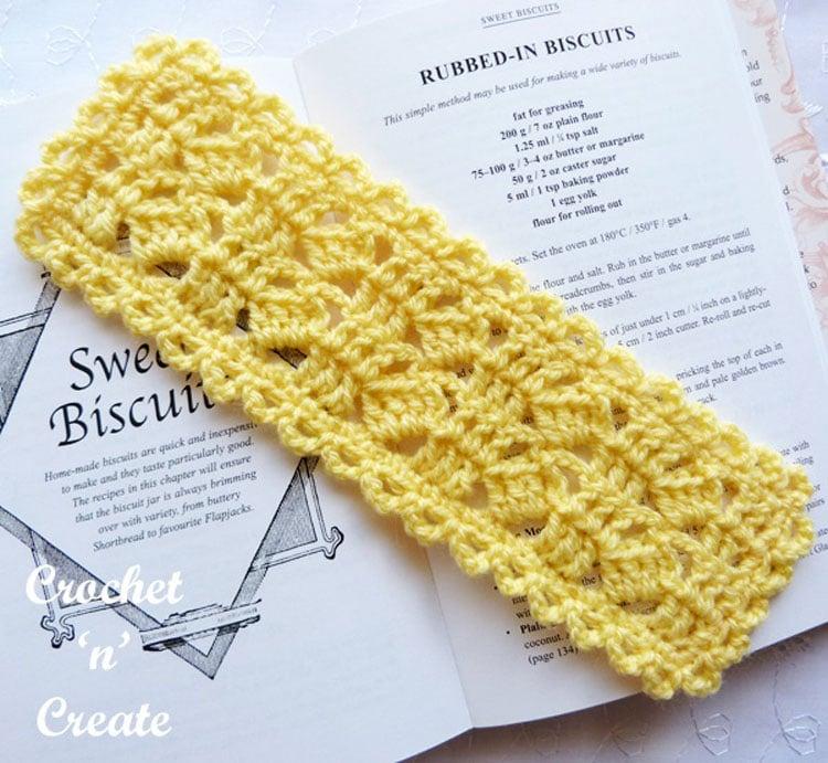 Cree crochet lace bookmark