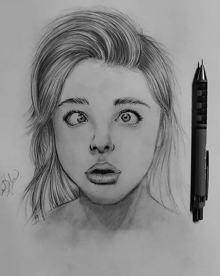 GIRL WITH CROSSED EYES