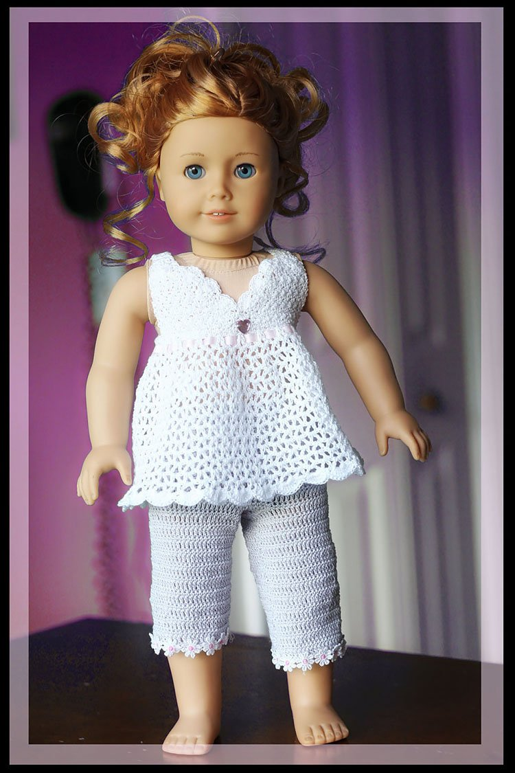 BABY DOLL HALTER TOP AND CAPRIS