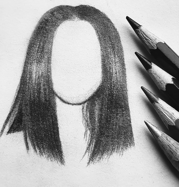 WOMAN WITH STRAIGHT HAIR SKETCH