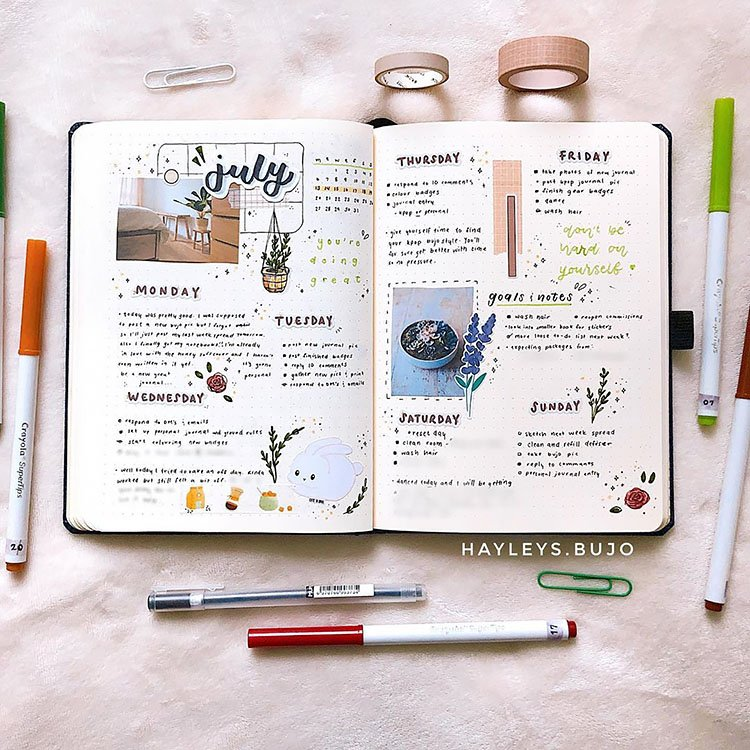 PLANNER USING STICKERS