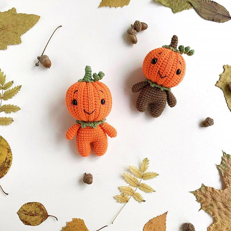crochet pumpkin dolls
