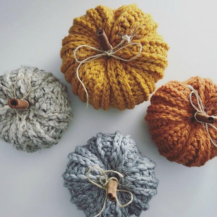 bulky knit pumpkin