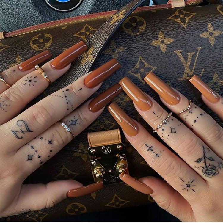 shades of brown nails