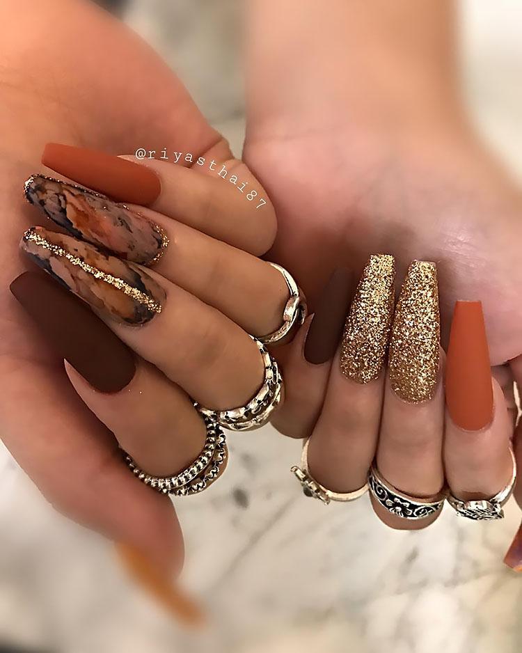 glitter nails and matte nails