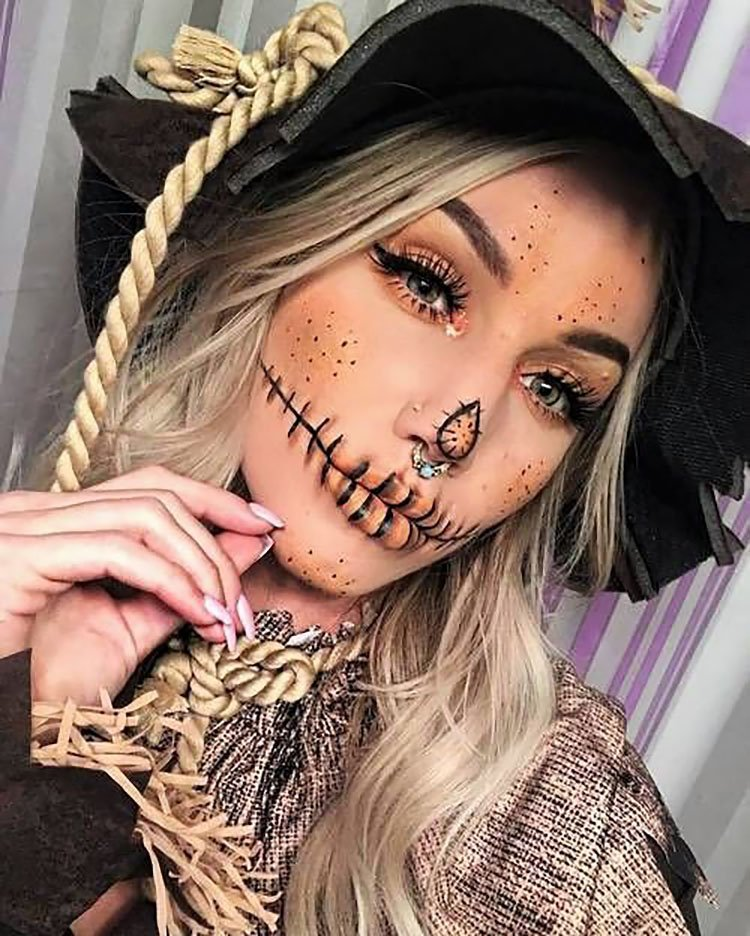 scarecrow makeup with hat