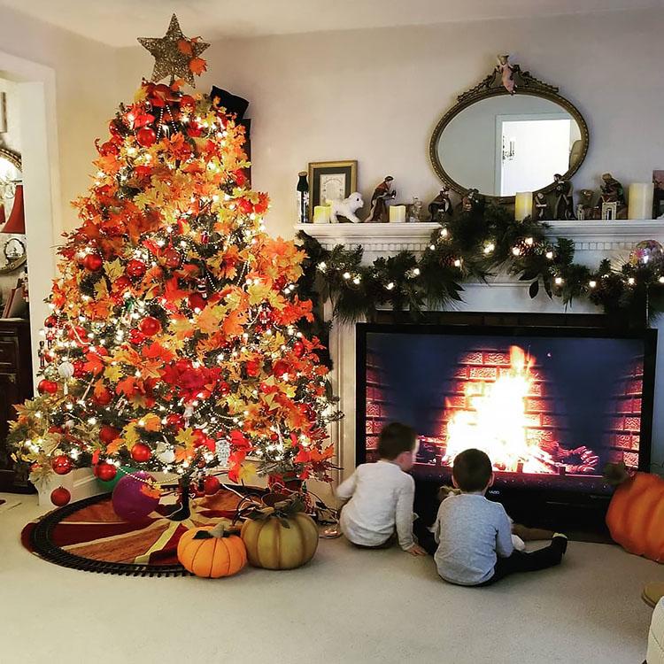 fluffy thanksgiving tree