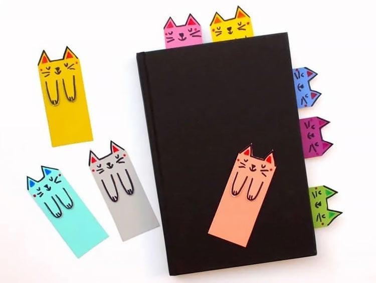 CUTE CATS DIY BOOKMARKS