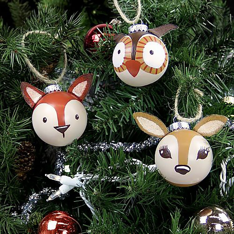 3-D PAINTED WOODLAND ORNAMENTS