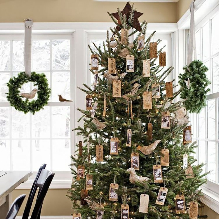 CHRISTMAS TREE WITH TAG ORNAMENTS