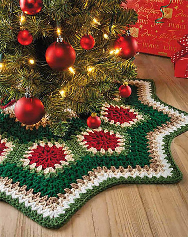 GRANNY RIPPLE CHRISTMAS TREE SKIRT