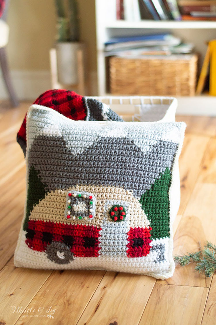 HOLIDAY PLAID CAMPER PILLOW