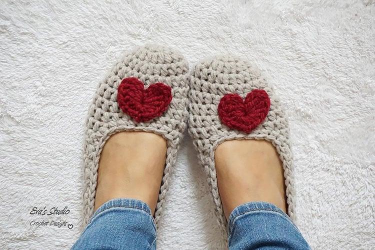 HEART SLIPPERS