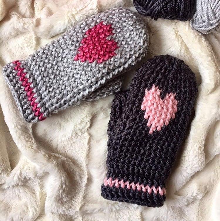 HEART LOVE MITTENS