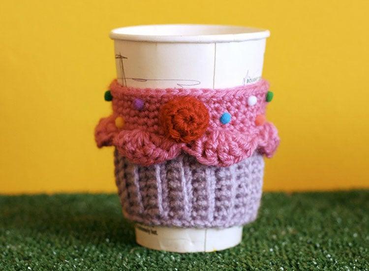 CUPCAKE COFFEE CUP COZY