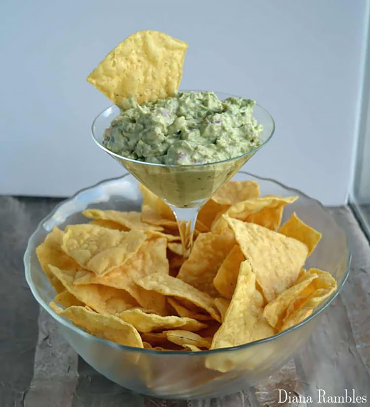 DIY ELEVATED DIP AND CHIP BOWL