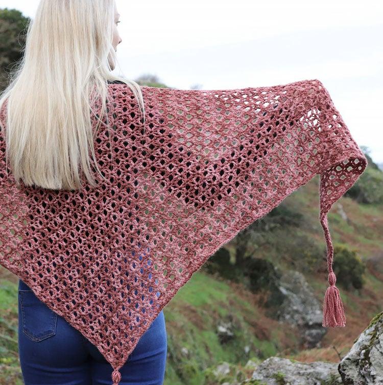 halo shawl pink