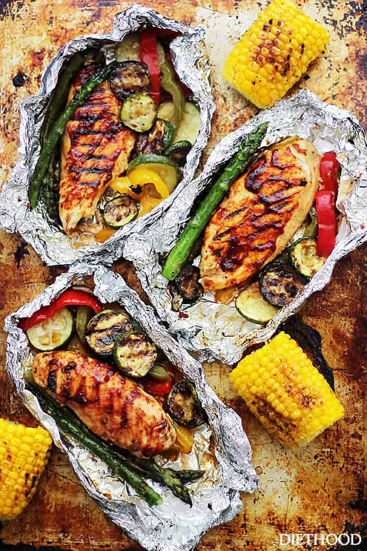 GRILLED BARBECUE CHICKEN AND VEGETABLE FOIL PACKS