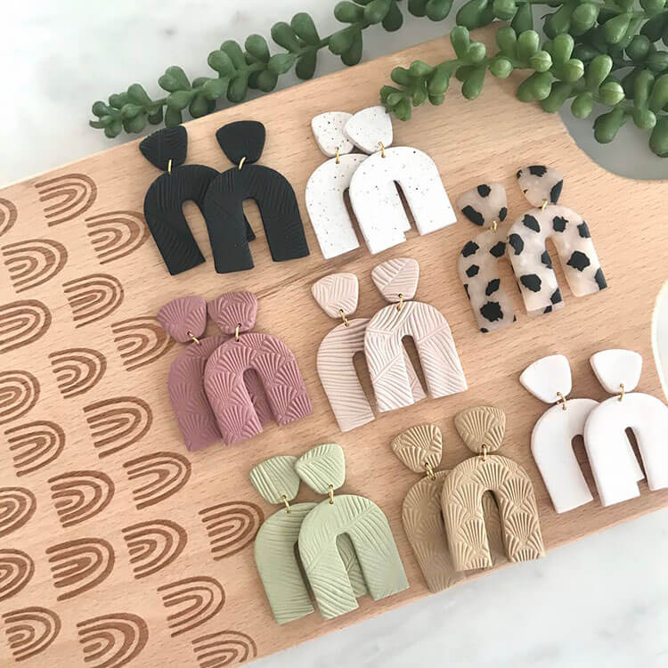 NEUTRAL ARCHES EARRINGS