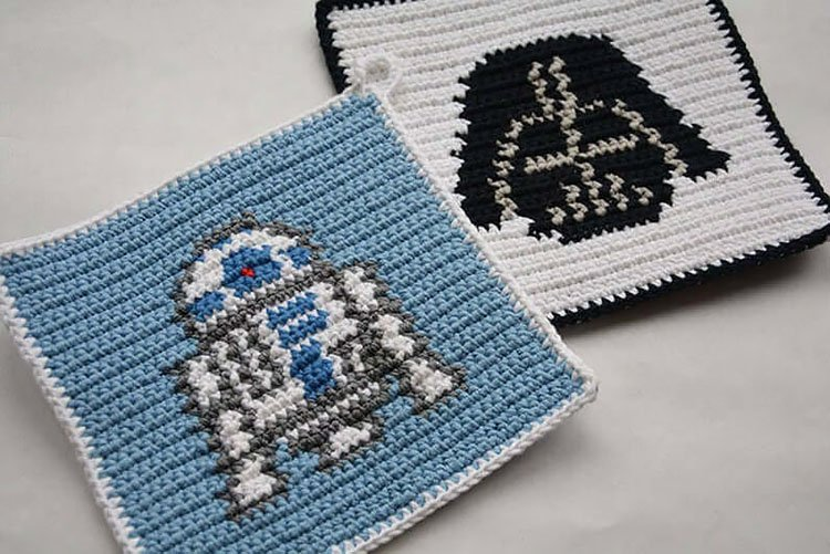 R2D2 AND DARTH VADER POTHOLDERS