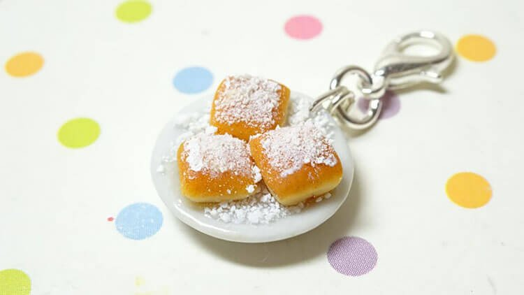 beignets charms