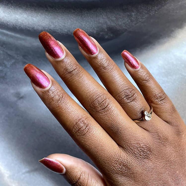 caída de uñas mujeres negras
