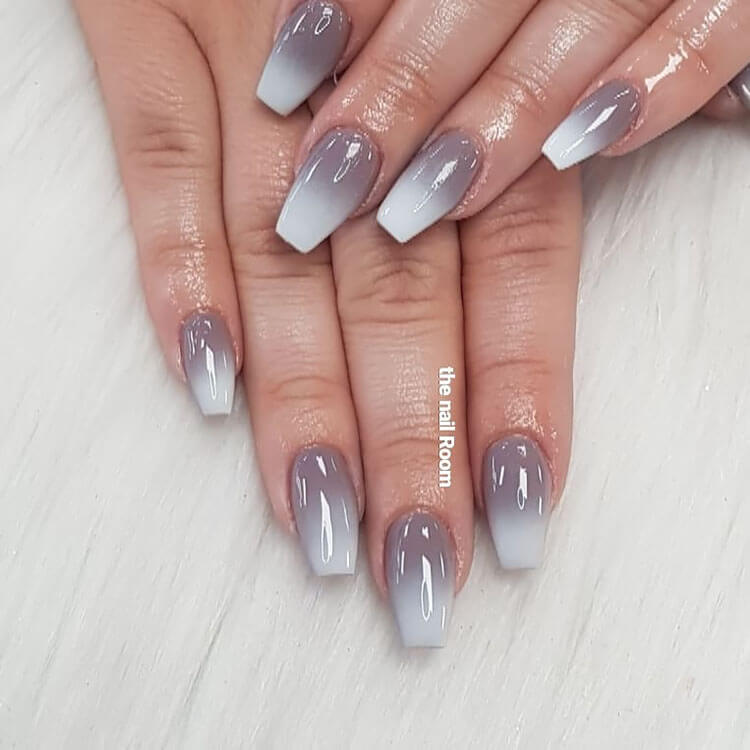 gray ombre nails