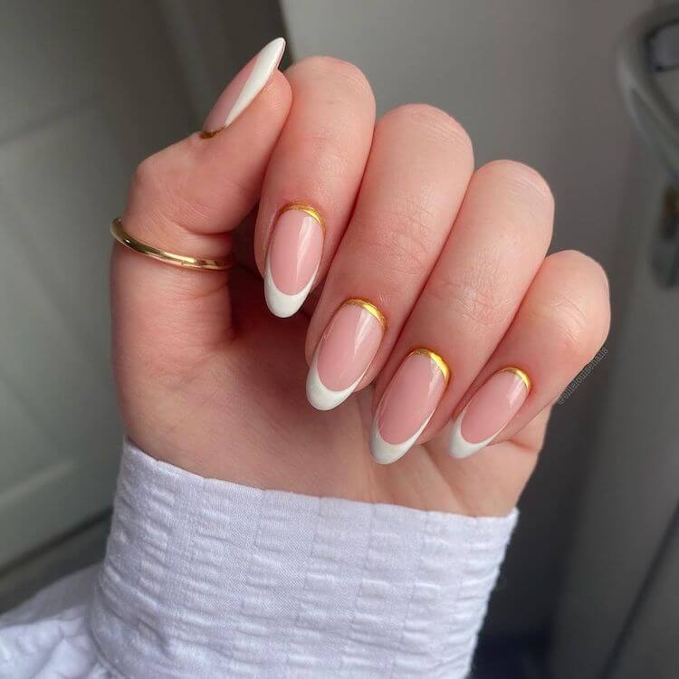 modern white and gold nails